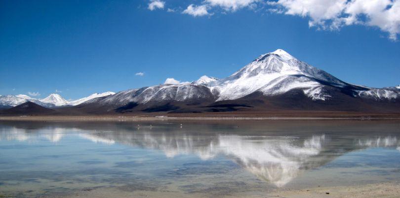 The White Lagoon in he Atacama desert, to Uyuni, Bolivia