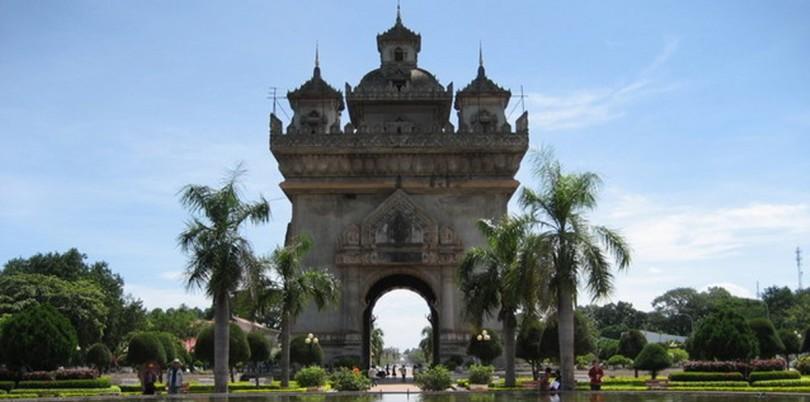 Pha Tu Say temple in Vientaine Laos